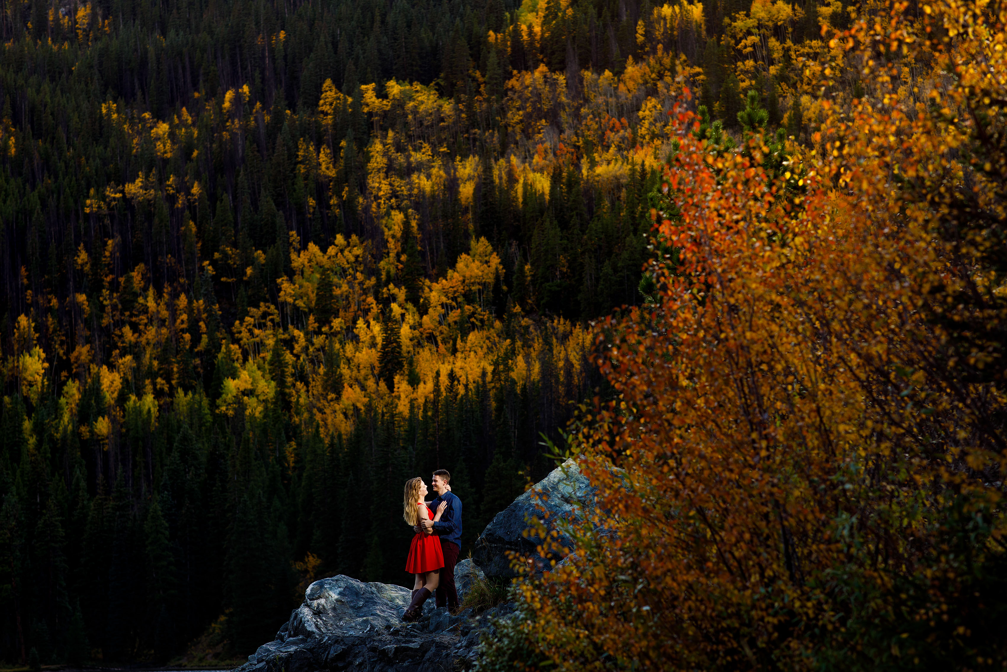 Fall Mountain Engagement Photos | Holly & Hayden
