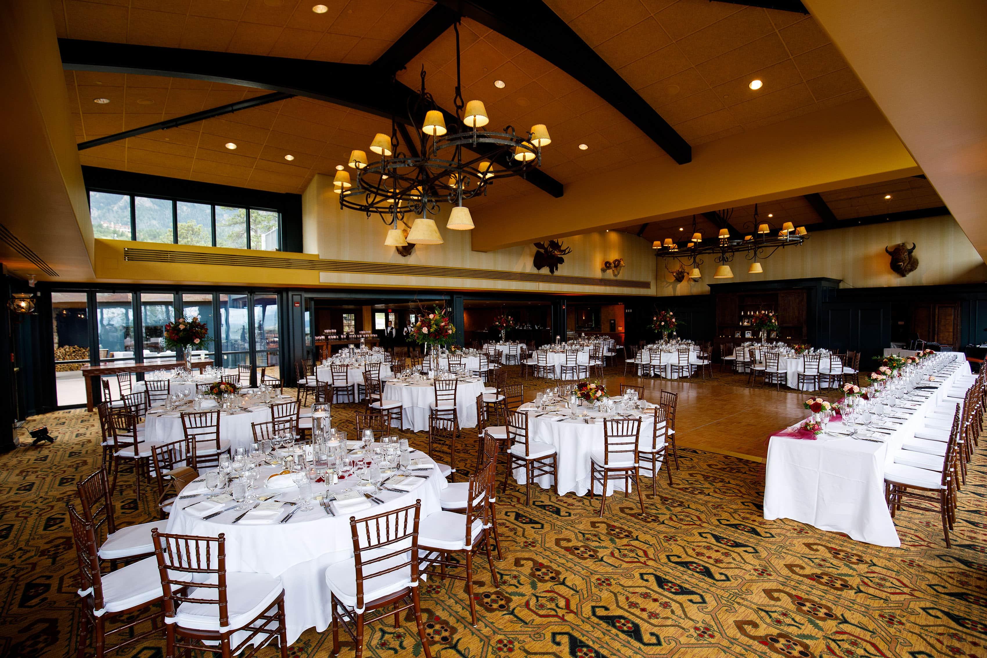 Wedding table setup at Cheyenne Lodge